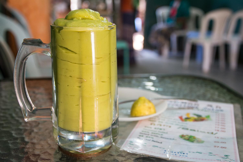エチオピア名物アボガドジュース