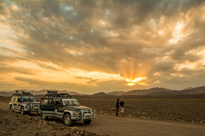 ダナキル砂漠夕焼け