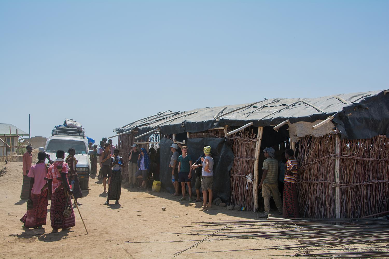 ダナキル砂漠の村