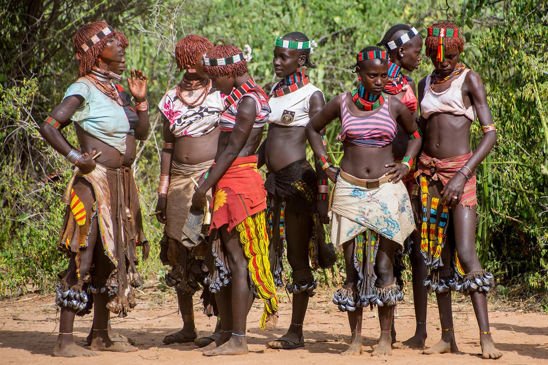 トゥルミ|ハマル族が集まる月曜...