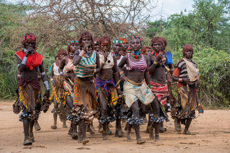 ハマル族の女性