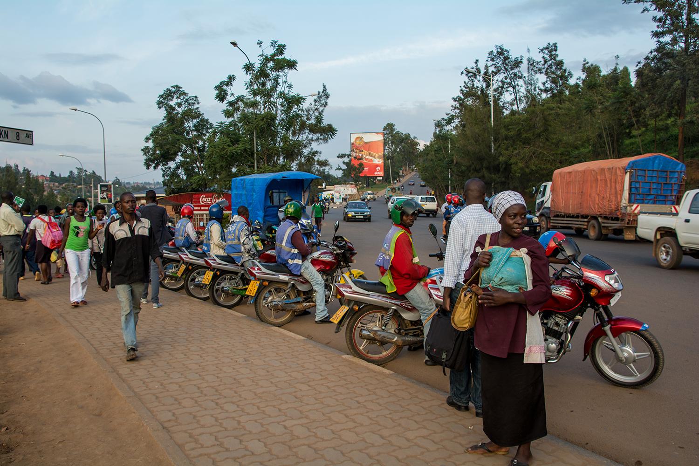 ルワンダのバイタク