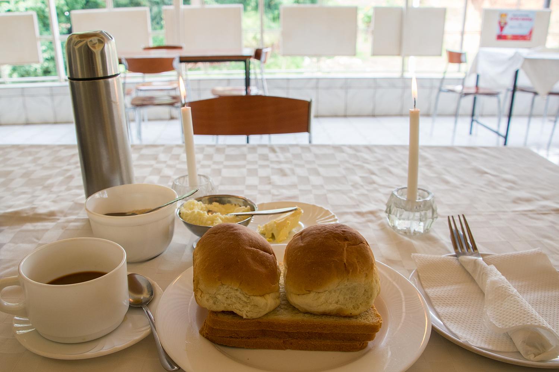 ホテルの朝食セット