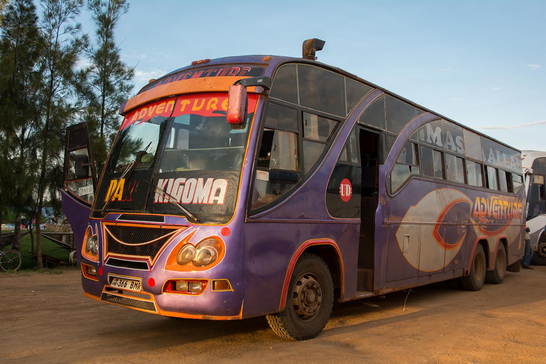 キゴマ→ムワンザのバス