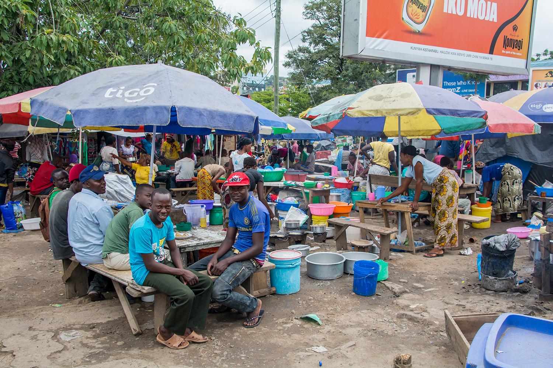 ムワンザのマーケット
