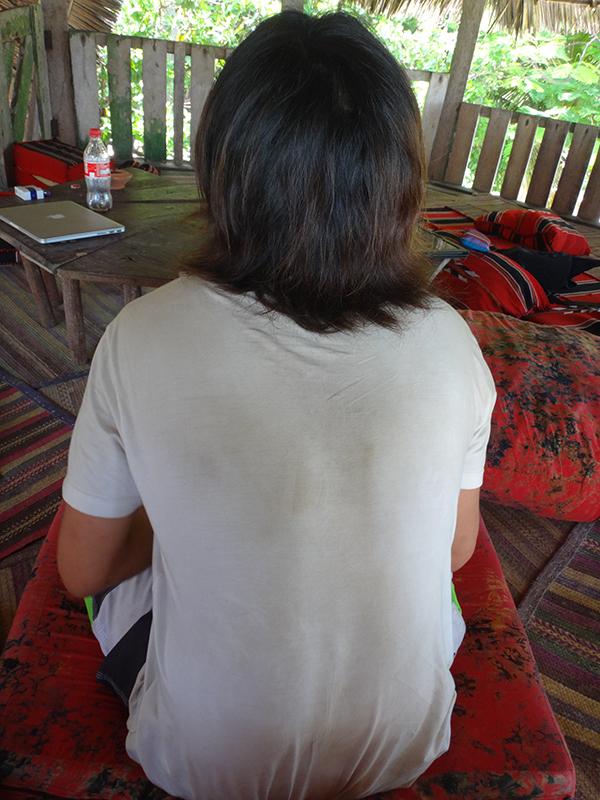 罰ゲームのTシャツ