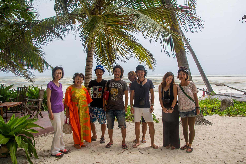 パラダイスビーチバンガローにて
