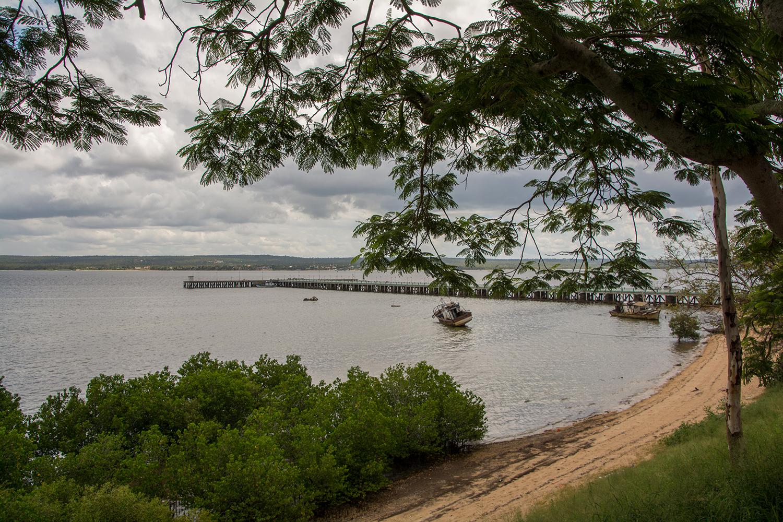 イニャンバネの港