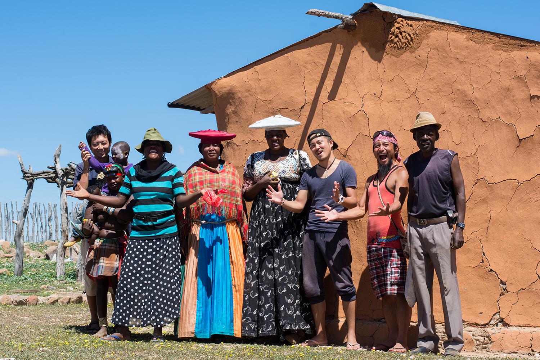 デンバ族、ヘレロ族の集落